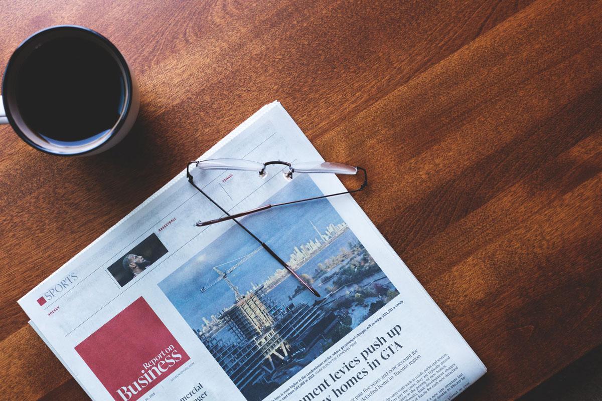 business-newspaper-coffee-time